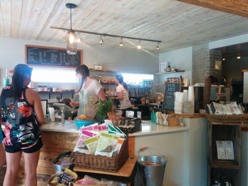 Bluhouse Market & Cafe