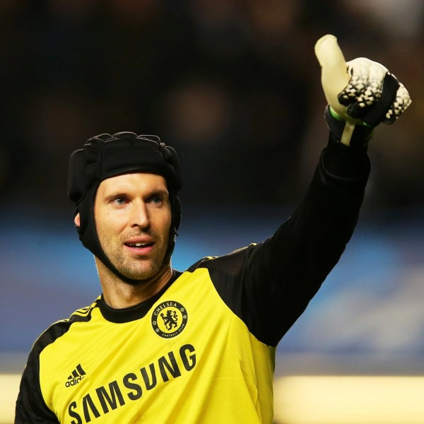 Arsenal agree a deal to sign Petr Cech