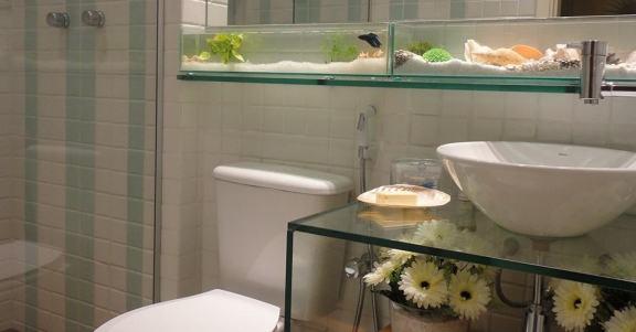 banheiro-com-aquario-na-decoracao