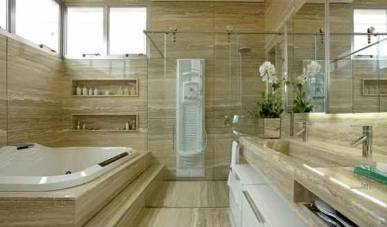 20 banheiro de marmore com banheira