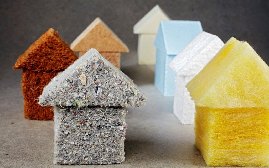 Cómo ahorrar aislando bien tu hogar del calor, del frío y el ruido.