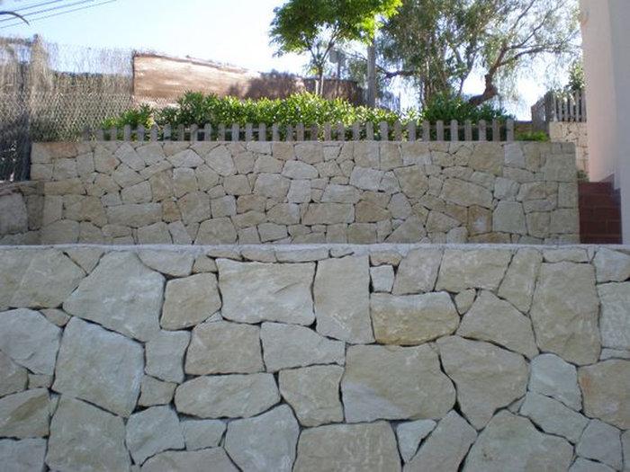 un muro de contencin es un elemento constructivo destinado a soportar el empuje horizontal de las tierras que contiene para evitar su desprendimiento - Muros De Contencion