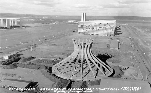 obras famosas antes e depois - construção de brasília