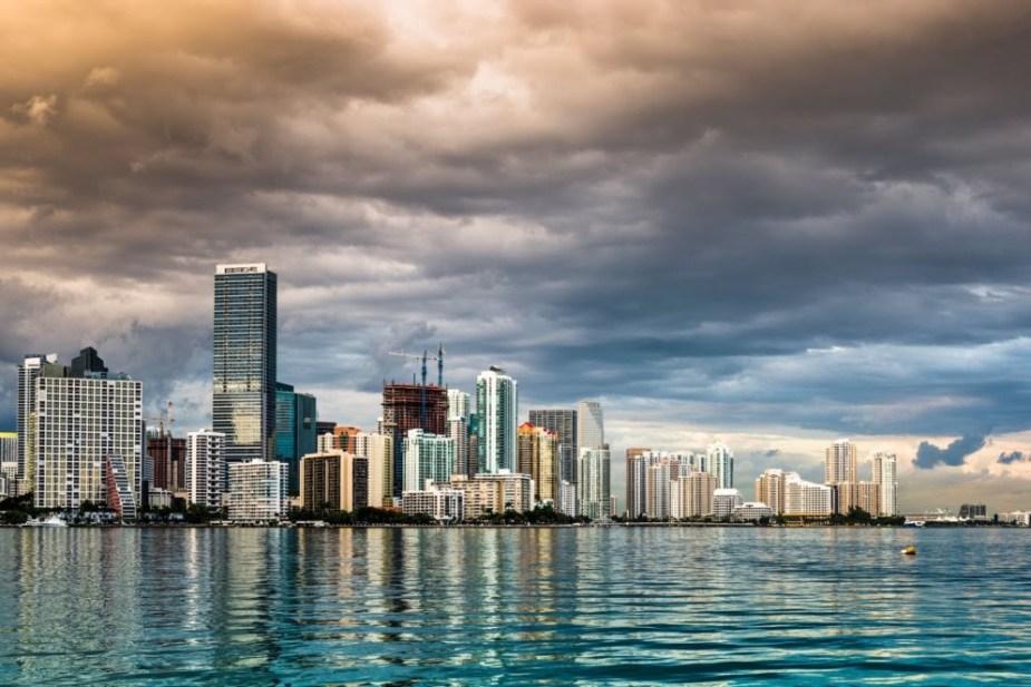 02 01 Florida Miami DRW70A