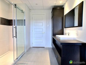 Contemporaine-rue-ouellet-Ste-Flavie_1_19