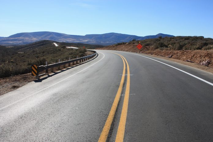 Zimbabwe opens upgraded Ngundu-Tanganda highway