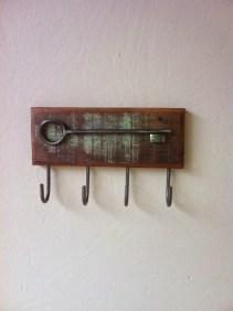 porta-chaves-de-madeira-de-demolicao-sustentabilidade