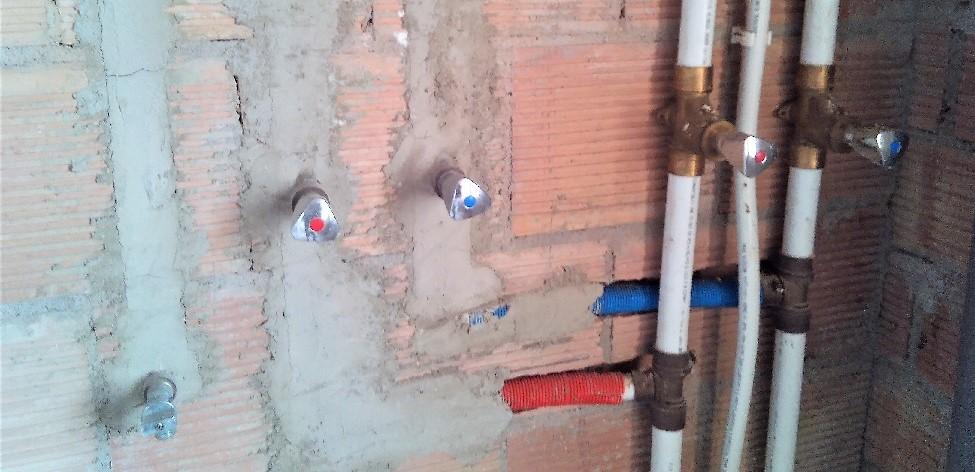 la fontanería con tubo multicapa