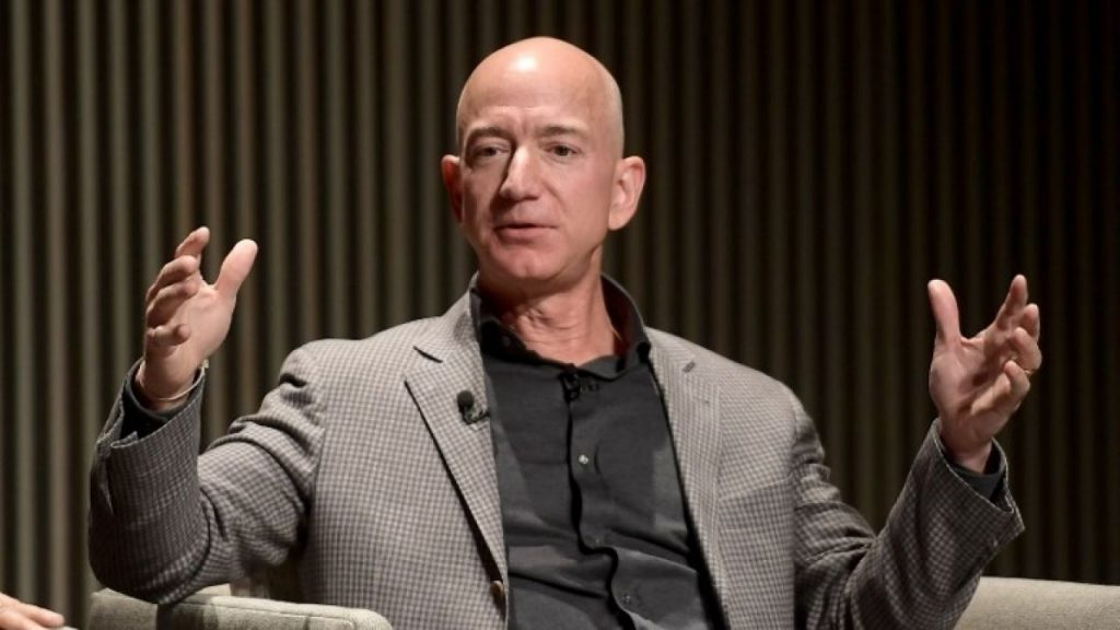 "Jeff Bezos invertirá en emprendimiento chileno ""NotCo"""