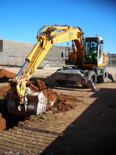 Trabajos previos Excavadora