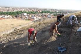 Trabajos en el sondeo 3 de la ladera NE del C. Calderico