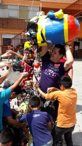 Fundación Coca-Cola comparte la alegría con miles de niñas y niños en su día (2)