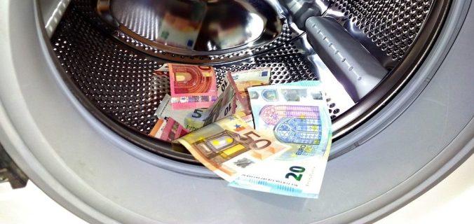 Regulations on Anti Money Laundering   Regler mot penningtvätt