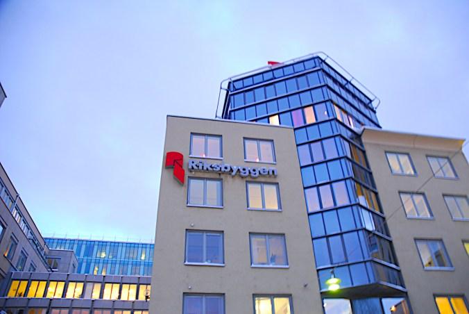 Riksbyggen, huvudkontoret i Stockholm (Bild: Wikimedia Commons)