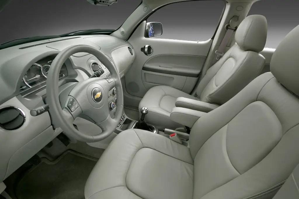 2006 11 Chevrolet HHR Consumer Guide Auto