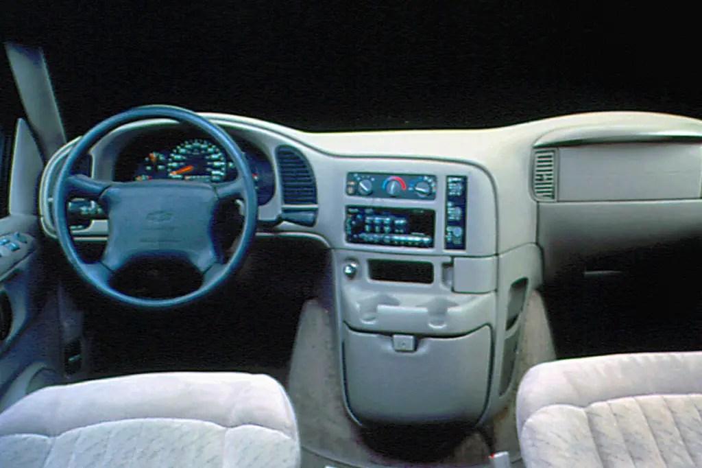 1990 05 Chevrolet Astro Consumer Guide Auto