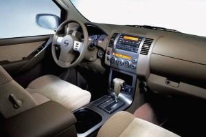 200512 Nissan Pathfinder | Consumer Guide Auto