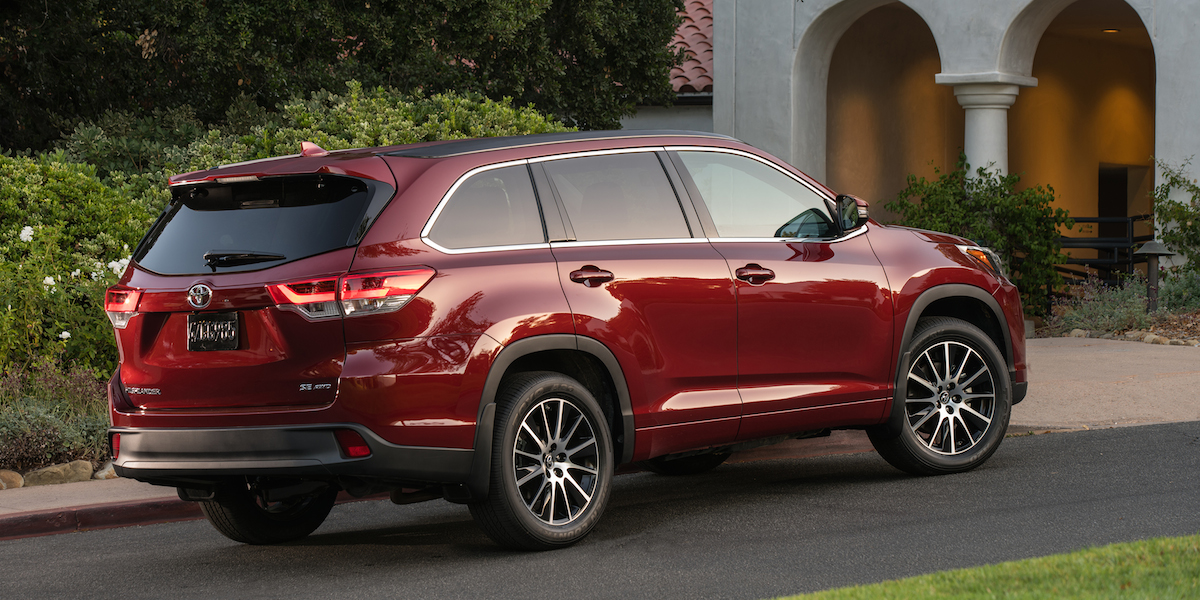 2017 Toyota Highlander Best Buy Review Consumer Guide Auto