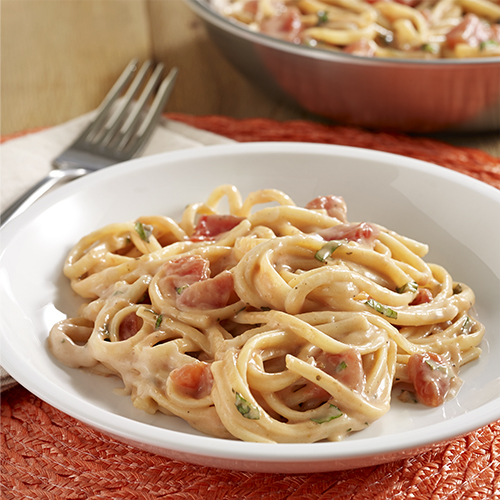 Tomato Alfredo Linguine Skillet