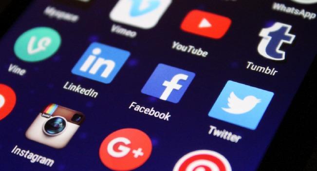 Como escolher entre o Instagram e o YouTube?