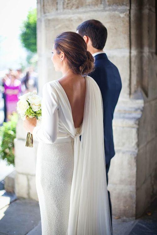 vestido-novia-cola-hombros