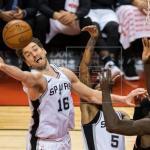 86-83. Lowry y Valanciunas deciden victoria de Raptors frente a Spurs