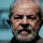 Lula defiende su honestidad arropado por su militancia en vísperas del juicio