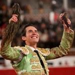 Silveti y Serna triunfan en Durango y salen a hombros