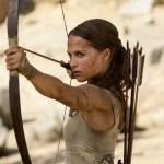Alicia Vikander celebra contribuir con su Lara Croft a la falta de heroínas