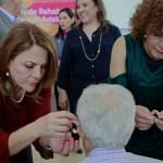 Elvira Barrantes entrega apoyos funcionales a personas con discapacidad