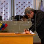 Postergan presidenciales en Venezuela y oposición reitera denuncia de fraude