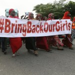 Presidente de Nigeria espera castigos por negligencias en secuestro de 110 niñas