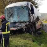 Al menos 11 niños muertos y 7 heridos en accidente de autobús en la India