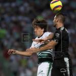 El defensa Abella recuerda que el Santos también tiene goleadores de puntería