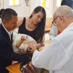 Ainhoa Guadalupe Rosales Benavente recibió el Sacramento Bautismal