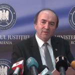 Justicia rumana desautoriza a presidente y ordena cese de jefa anticorrupción