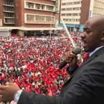 Cientos de opositores reclaman en Zimbabue reformas antes de las elecciones