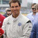 Rafa Nadal da el banderazo de salida a la carrera de Le Mans