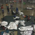 EE.UU. anuncia que ha reunido a 522 niños inmigrantes con sus familiares