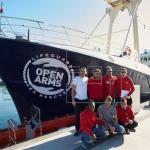 La ONG Open Arms pide atracar en España tras nuevo enfrentamiento con Salvini