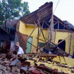 Al menos 3 muertos y 12 heridos por el seísmo de 6,4 en Indonesia