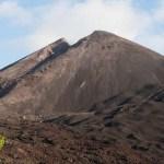 Explosiones de volcán Pacaya de Guatemala se elevan a 30 metros sobre cráter