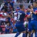 Cruz Azul golea por 4-1 al Veracruz y aumenta ventaja como líder del Apertura