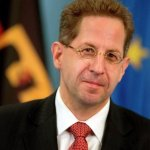 Polémico jefe del espionaje alemán abre nueva grieta en coalición de Merkel