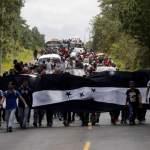 Caravana hondureña de migrantes sigue en Guatemala y descansará en Chiquimula