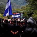 El presidente de Honduras llega a Guatemala para estudiar un plan migratorio