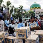 La ayuda comienza a llegar a zonas más remotas tras el terremoto en Indonesia