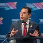 """Jimmy Morales dice que Guatemala es """"ejemplo de lucha contra la corrupción"""""""