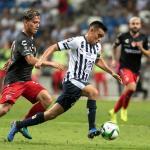 El Monterrey vence 1-0 a Necaxa con gol de Pizarro y se mete en semifinales