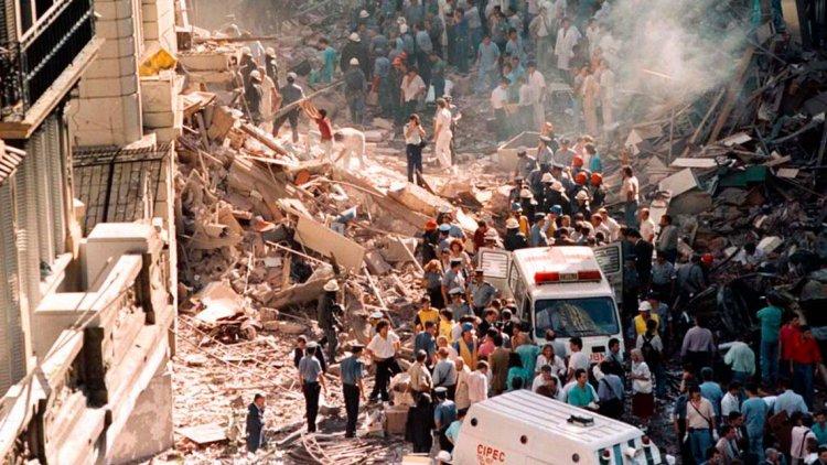 A 26 AÑOS DEL ATENTADO Todo lo que Menem ocultó de la explosión de la Embajada de Israel